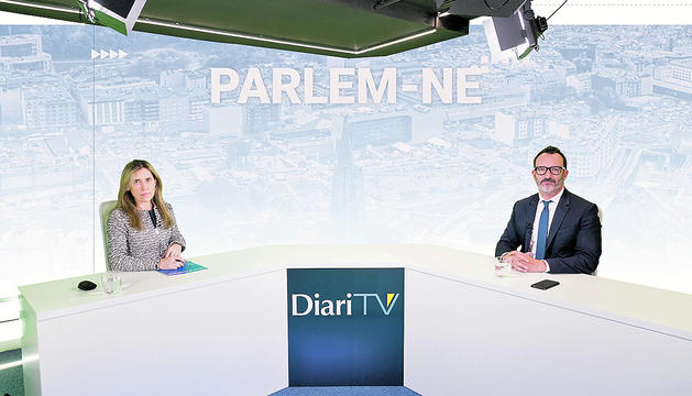 El ministre Víctor Filloy durant l'entrevista a DiariTV.