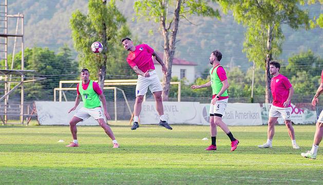 Els jugadors de l'Inter es van exercitar a Albània.