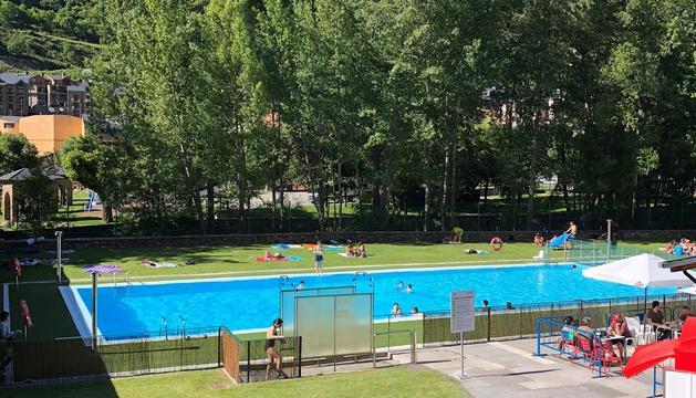 Instal·lacions de la piscina de La Mola