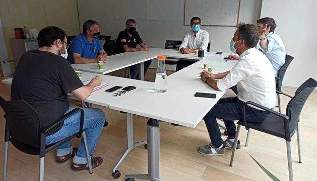 Reunió del PS amb les federacions de futbol i rugbi.