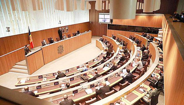 Una sessió parlamentària al Consell General.