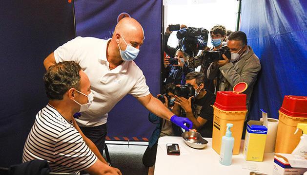 Xavier Espot es vacuna per segona vegada