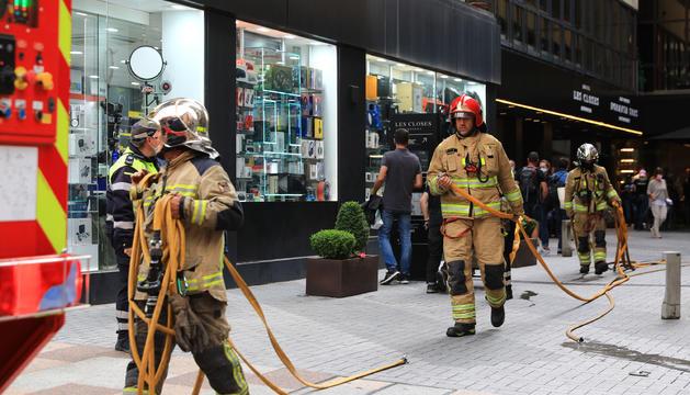 Intervenció per l'incendi a Escaldes