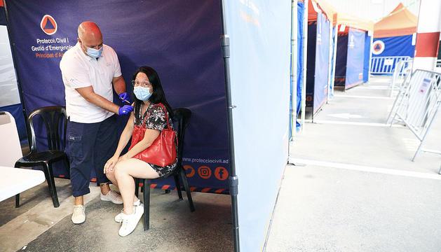 Vacunació a la plaça de braus.