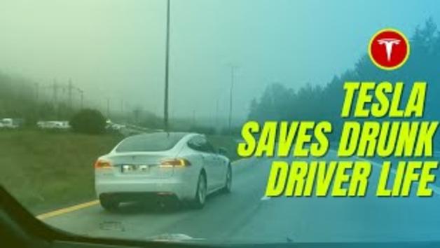 Tesla salva la vida d'un jove