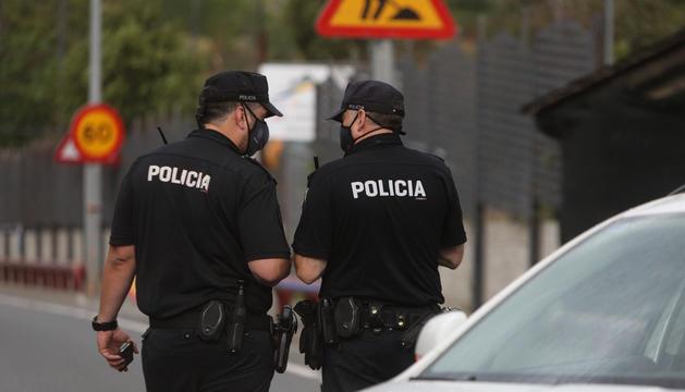 Agents del cos de policia.