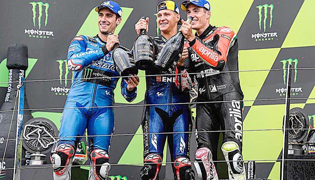 Fabio Quartararo, Àlex Rins i Aleix Espargaró van protagonitzar al GP de Silverstone un podi format per pilots residents al país.