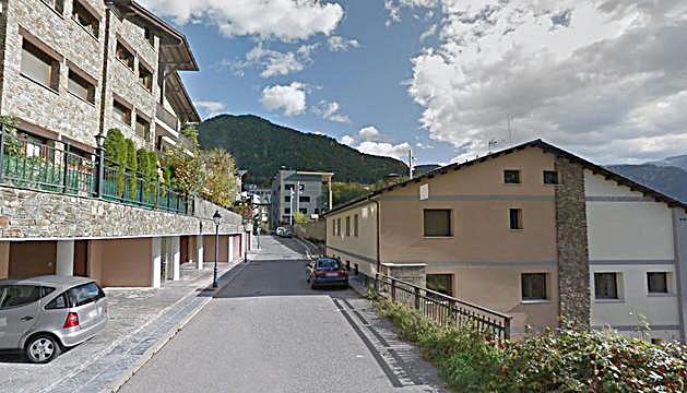 L'avinguda del Través, a la Massana.