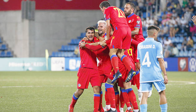 Vuitè triomf de la història (2-0)
