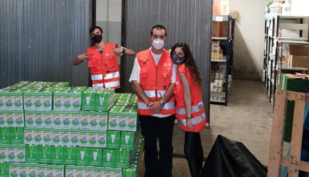 Gol Solidari fa un donatiu a la Creu Roja.