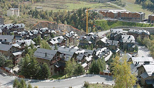 Vista aèria d'habitatges al Tarter.