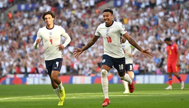 Lingard celebra l'1-0 d'Anglaterra.