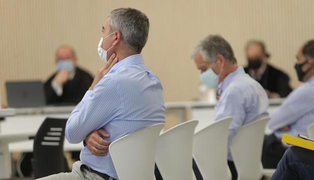 Joan Pau Miquel espera l'inici de la vista oral.