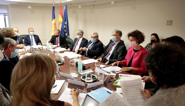 Reunió d'Ubach i Riba amb ambaixadors de la UE