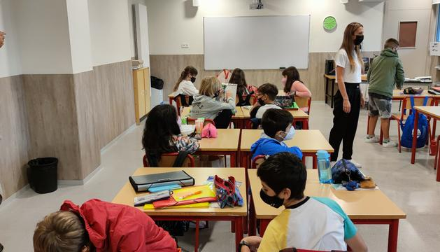 Alumnes de l'Escola andorrana de primera ensenyança de Santa Coloma