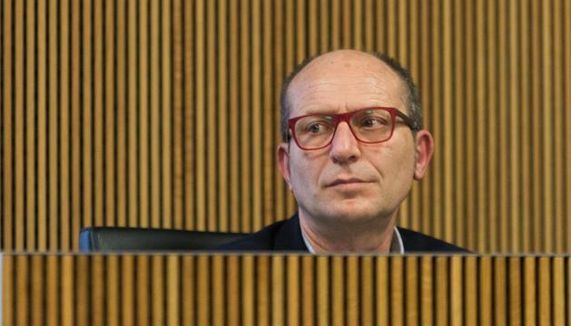 Albert Llovera es jubila després e 39 anys treballant a l'administració