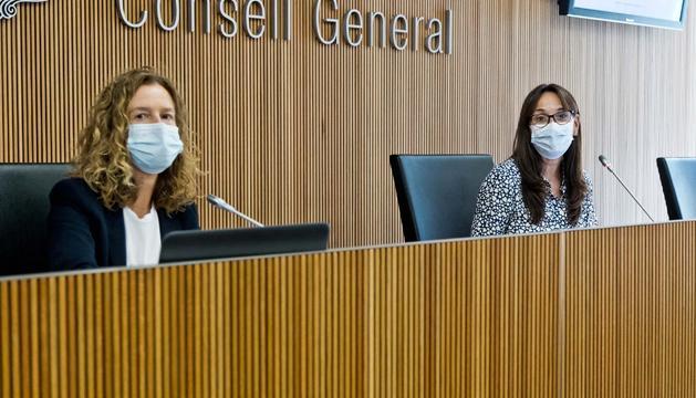 Sílvia Calvó i Mònica Bonell avui a la comissió d'Economia