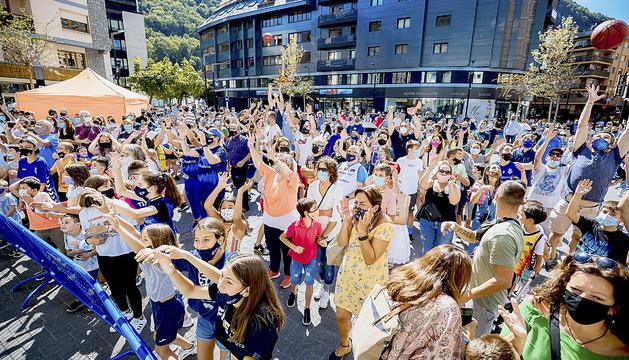 Presentació al carrer del Morabanc Andorra 21/22