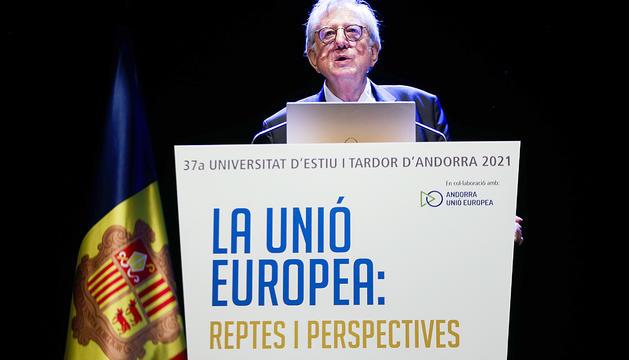 Claude Maerten, ahir durant la ponència a la Universitat d'Estiu i Tardor.
