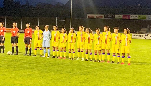 La selecció nacional, abans del partit.