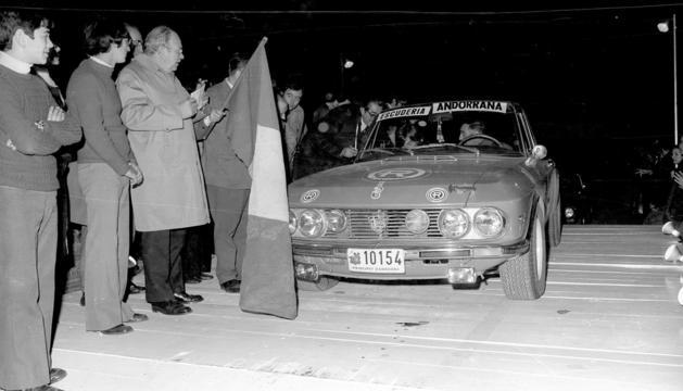 Josep Navas pilotant un Lancia al ral·li l'any 1973.