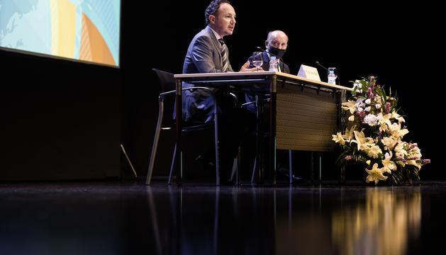 Xavier Espot i Josep Maria Mas en la presentació de l'Informe de la Cambra