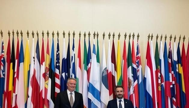 Eric Jover, a la dreta, amb el secretari general de l'OCDE Mathias Cormann