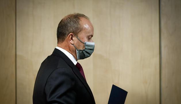 El ministre Rossell durant la roda de premsa del consell de ministres