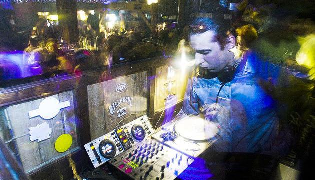 Els DJ tornen divendres a les cabines de les discoteques.