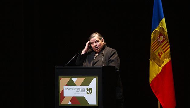 Carme Junyent, durant la seva intervenció
