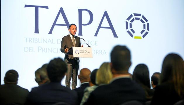 El cap de Govern durant l'acte de presentació de l'organisme arbitral.