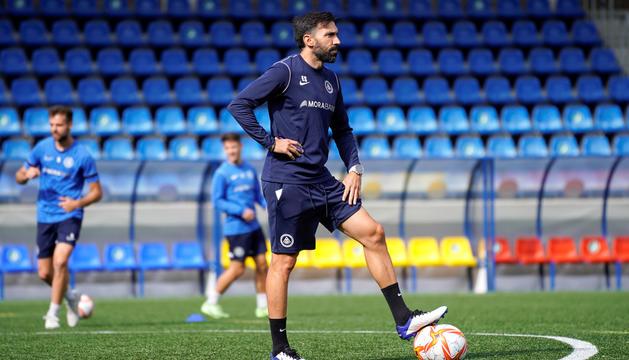 Eder Sarabia durant la sessió d'entrenament d'ahir.