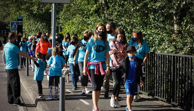 La marxa popular aplega 2.064 participants en les set parròquies.