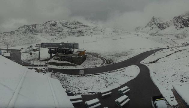 Algunes estacions d'esquí ja s'han tenyit de blanc