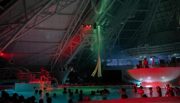 Espectacle que hi va haver l'estiu a Caldea.
