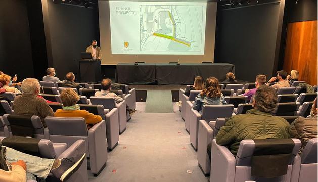 El cònsol major, Josep Majoral durant a la reunió informativa