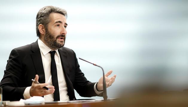 El ministre de Finances, Eric Jover, va anunciar l'emissió del deute.