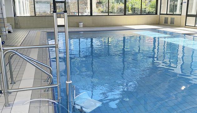 El nou aspecte de la piscina.