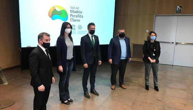 Representants de la comissió de gestió de la vall del Madriu.