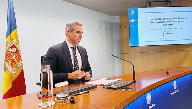 Cèsar Marquina, secretari d'Estat.